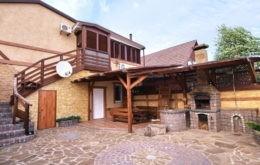 """Апартаменты """"Азалия"""", Кирилловка"""